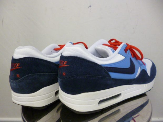 ナイキNIKE AIR MAX 1 ESSENTIAL スニーカー 537383-119 (2)