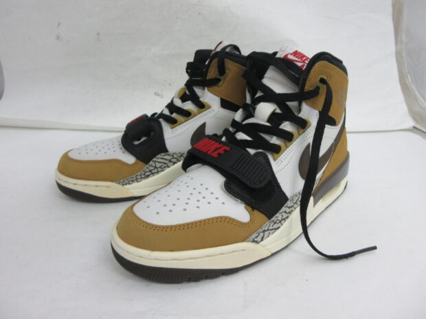 ナイキ NIKE AIR JORDAN LEGACY 312 ROOKIE OF THE YEAR AV3922-102